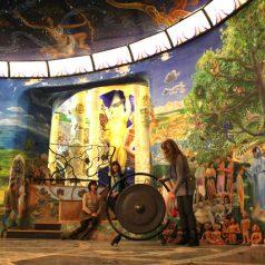 Den Tempel graben… die Erfahrung von Formica Coriandolo